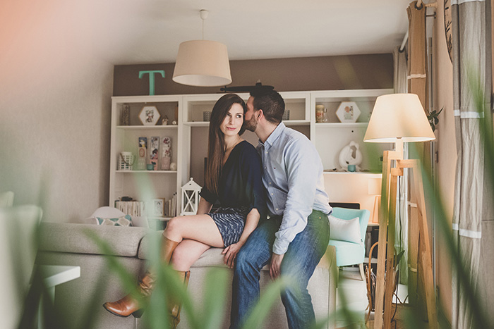 Photo de couple, portrait naturel, lifestyle et authentique par Sabrina Dupuy