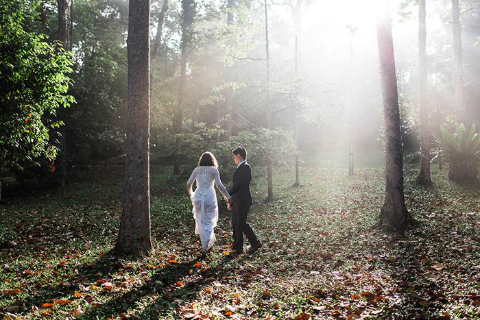 Photo de couple / mariage dans les bois