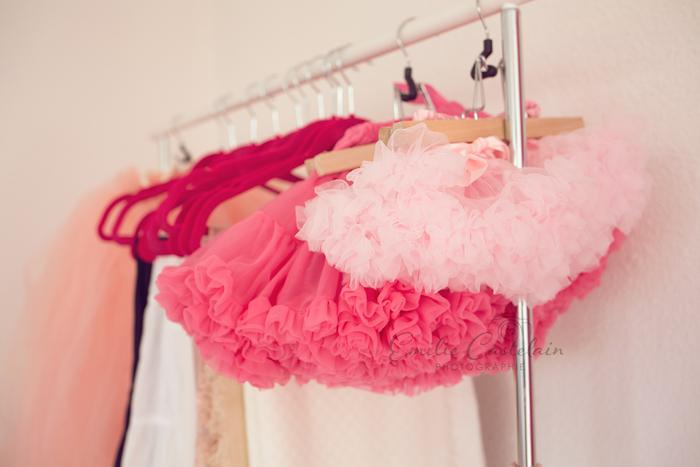 vêtements rose pour séance photo enfant