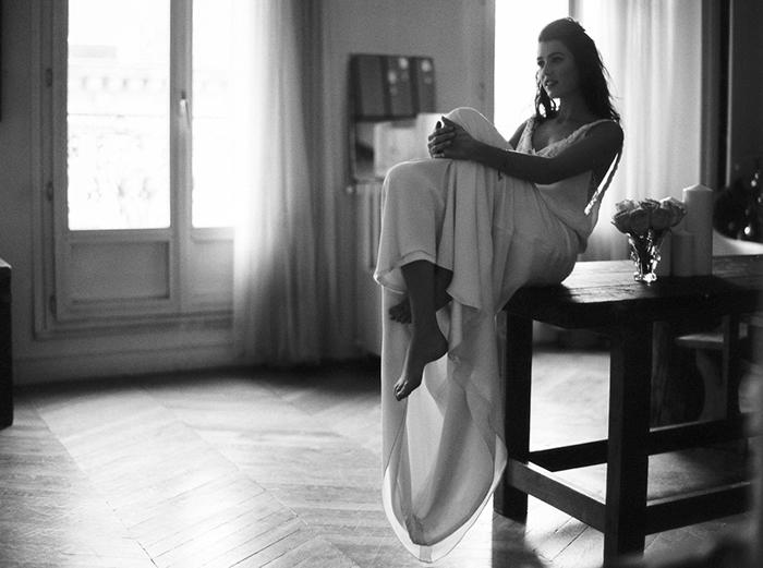 Jeune mariée - photo en noir et blanc