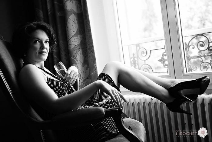 boudoir - photo de femme en noir et blanc