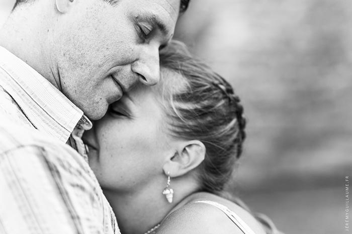 Photo de couple en noir et blanc - par Jérémy Guillaume
