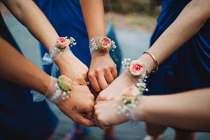 Photo de mariage : les demoiselles d'honneur