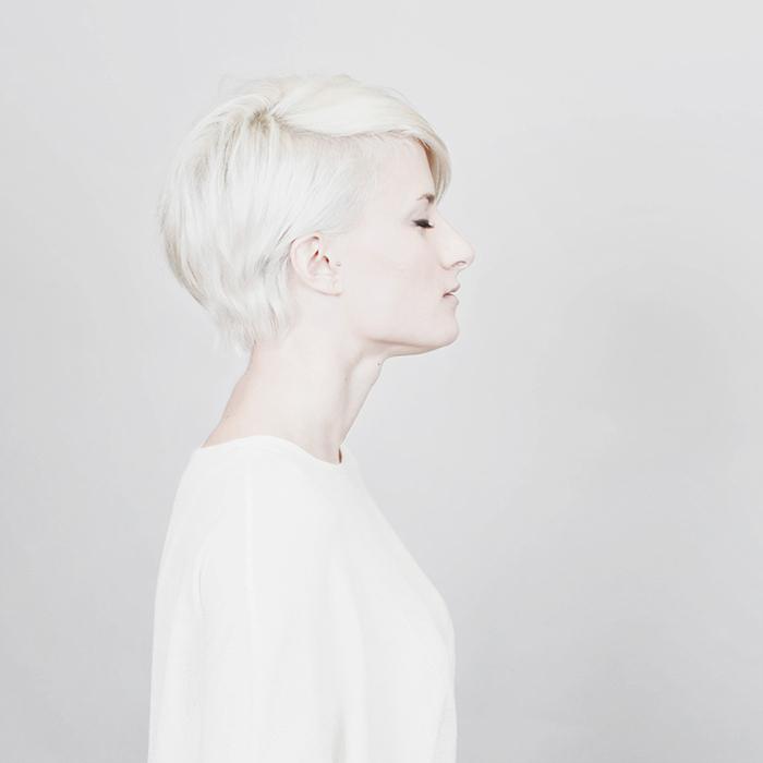 portrait artistique - femme blanche