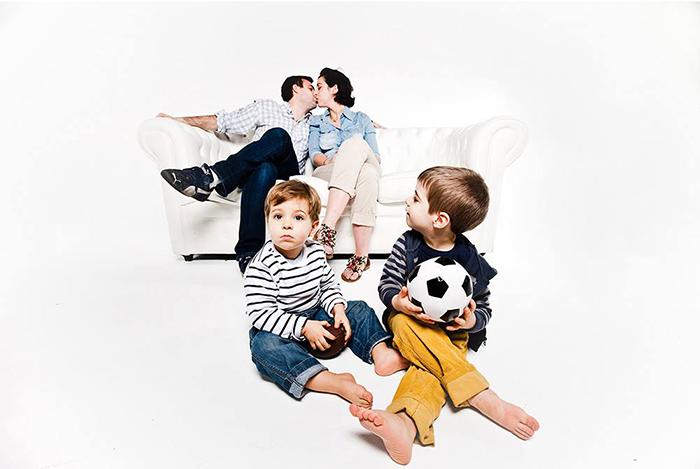 photo de famille en studio, par Jacques Mateos, photographe
