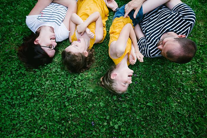 Une photo de famille renversante, spontané, lifestyle et plein de rire et d'amour !
