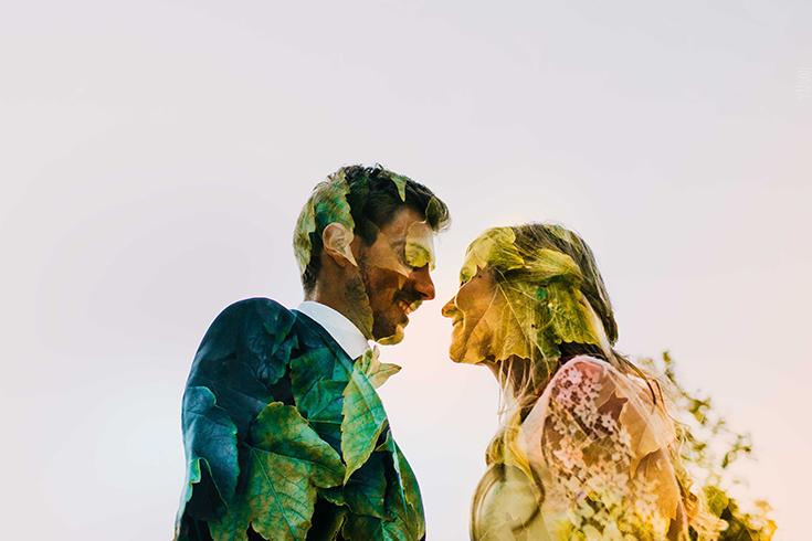 Photographie artistique en double exposition. Des mariés qui se regardent.