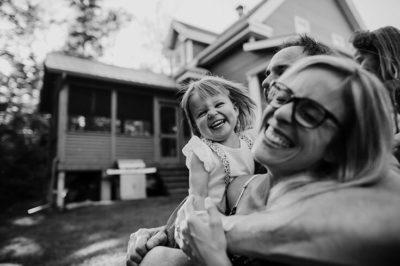 Photographe de famille au naturel, photographe lifestyle au Quebec.